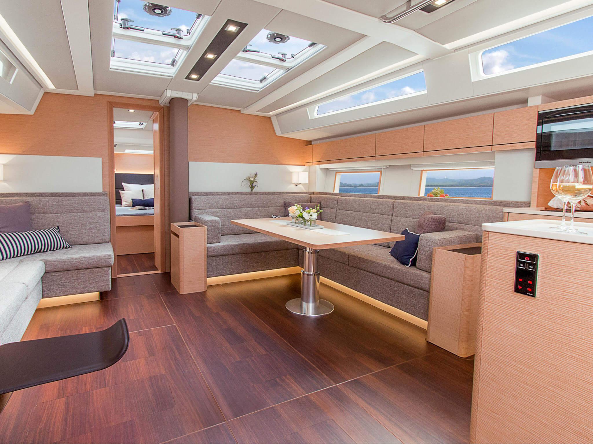 Yachten von innen  Hanse 548 innen (11) - West Yachting